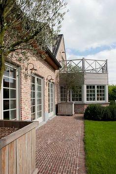 Outdoor area, Belgian architecture Do you need #legal assistance in #Belgium? http://www.lawyersbelgium.com/blog/2015/09/negotiations-in-belgium-in-regards-to-the-transaction-tax
