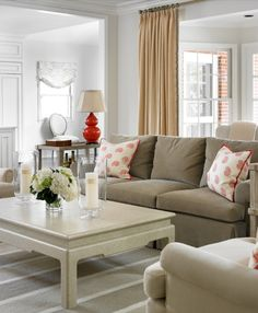 Traditional Family Room   Allison Hennessy Interior Design   Dering Hall Design Connect In partnership with Elle Decor, House Beautiful and Veranda.