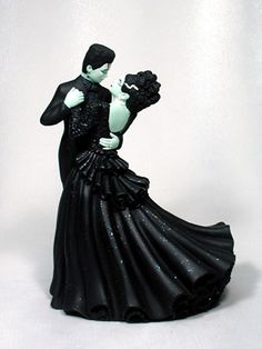 groom bride wedding cake top Halloween Frankenstein monster zombie vampire Dracula skeleton black cat creature