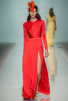Emanuel Ungaro Spring 2015 Ready-to-Wear - Collection - Gallery - Look 1 - Style.com