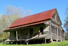 Old Abandoned House on Gates Chapel Road by Traveled Roads, via Flickr
