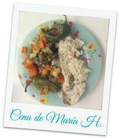 ¡Buenas noches! María comparte su cena con nosotr@s.Pechuga de pollo y verduras.¡Gracias María! y tú, ¿Qué comes? http://secomer.com/que-comes/ #healthylifestyle #healthfood #comidasana #perderpeso #sepuede #mariasabecomer