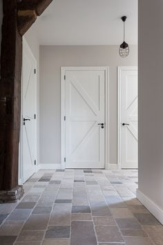 Home Upgrades, Style At Home, Cottage Hallway, Interior Door Trim, Farmhouse Remodel, House Doors, Door Makeover, Living Room Flooring, Guest Bedrooms