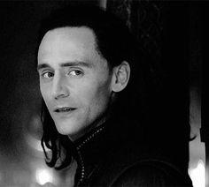 "Thor :""Loki, who are you looking at?"" Loki: ""Her. Loki Thor, Loki Laufeyson, Loki Gif, Loki Avengers, Marvel Avengers, Marvel Comics, Ben Barnes, Bucky Barnes, Orlando Bloom"