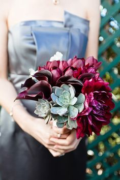 Striking Bouquet.   Photography by jangarcia.com, Event Planning by aboutdetailsdetails.com, Flowers by jldesignsandevents.com