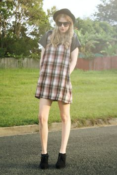 OOTD: Tarten and leather shift dress  http://www.kimmiberry.com/2014/05/he-reads-your-thoughts-they-go-to.html