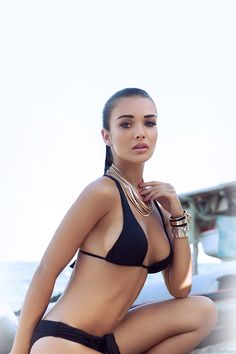 FreeiOS7 - hd63-amy-jackson-bikini-sexy-girl - http://bit.ly/1w2y2jl - freeios7.com