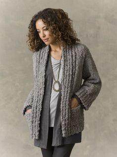 Knitted Shawler | Clothing, UX/UI Designer and Knitting