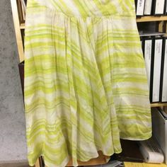 Talbots 8p summer lined skirt Get ready for spring with this comfortable summer cotton skirt with a cotton lining. It is somewhat more yellow in person with light green stripes. Looks adorable with strappy sandals and a cool tank top. Talbots Skirts
