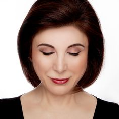 bf6bcf6d5a9 We're loving Jo Mousselli's sleek daytime look look created with the Xtreme  Lashes Lash