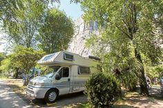 <p>Alle Infos und die besten Wohnmobil-Stellplätze rund um den Gardasee.</p>