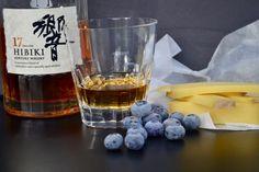 Hibiki-Japanese-Whisky-Frozen-Blueberries-Comte