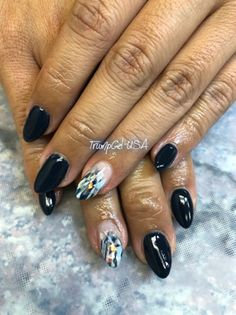 Cool Black by TrumpGelUSA from Nail Art Gallery Gel Nail Art, Gel Nails, Popular Nail Art, Nail Art Galleries, Nails Magazine, Simple Designs, Art Gallery, Nail Designs, Hand Painted