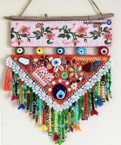 Craft Stalls, Fibre And Fabric, Hand Embroidery Art, Diy Hanging, Hanging Decorations, Diy Crafts Hacks, Beaded Ornaments, Sewing Tutorials, Handicraft