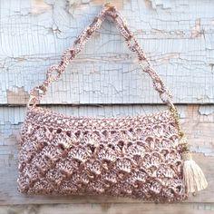 Shell Shoulder Bag (Pink Silver)