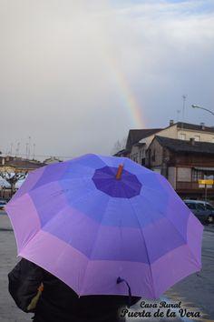 Rainbow, arco iris en Madrigal de la Vera, Puerta de la Vera, La Vera, Caceres, Extremadura.