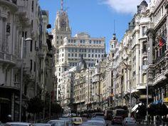 La Gran Via madrileña :D.