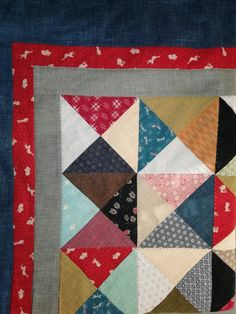 Quilting Tips, Quilt Blocks, Triangle, Tutorials, Quilts, Blanket, Quilt Sets, Blankets, Log Cabin Quilts