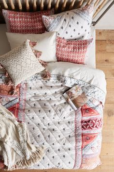 46 Best Boho Bedroom Ideas to Copy Bohemian Bedroom Decor, Cozy Bedroom, Bedroom Inspo, Dream Bedroom, Bohemian Bedding, Boho Comforters, Bedroom Ideas, Master Bedroom, My New Room