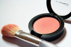 blush- love mac make-up. Mac Margin Blush, Coral Blush, Blush Color, Mac Makeup, Makeup Tips, Beauty Makeup, Hair Beauty, Makeup Products, Organic Beauty