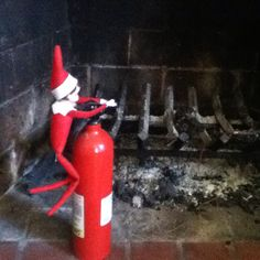 Elf on a shelf : Firefighter