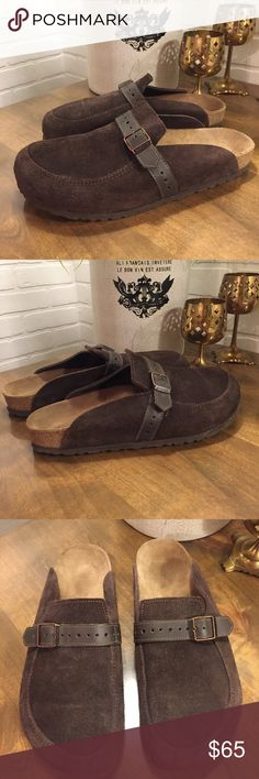Birkenstock Boston Suede Mocha Sandals Size 41 Birkenstock Sandals  Style - Boston Suede  Size - 41 Mens - 8.5 or Womens 10.5  Color - Mocha  Excellent Pre-Owned Condition. Foot bed has not been molded. Minimal wear or use. Birkenstock Shoes Sandals & Flip-Flops