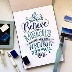 Don't forget - you are a miracle - Handlettering Inspiration Hand Lettering Quotes, Creative Lettering, Lettering Design, Calligraphy Quotes Doodles, Doodle Quotes, Modern Calligraphy Quotes, Lettering Guide, Doodle Fonts, Calligraphy Letters