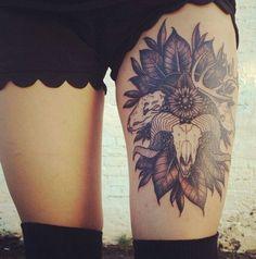 Татуировки на бедрах | 841 фотография