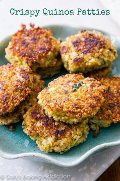 Crispy Quinoa Patties - these versatile patties are crispy on the edges, warm in the center, and freeze well for a quick meal. Add your favorite spices and veggies! SallysBakingAddiction.com | #meatless_meals #meatless_Monday #vegetarian_recipes