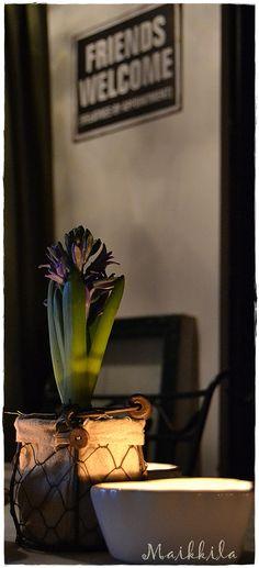 Hyacint and tea candles (Maikkila)