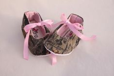 Baby girl camo, baby girl Mossy Oak shoes, baby girl shoes. $20.00, via Etsy.