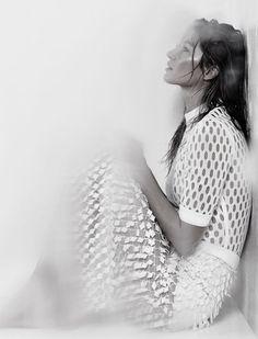 Gisele Bündchen by Zee Nunes for Vogue Brazil May 2015 5