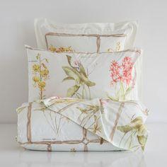 Bed linen Zara Home - - Bed linen Logo - - - Red Bedding, Ruffle Bedding, Dorm Bedding, Linen Bedding, Bed Linens, Grey Comforter, King Comforter, Comforter Sets, Beige Bed Linen