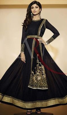 Let your adorable looks create a stunning impact like Shilpa Shetty in this black color georgette flared Anarkali suit. The lace, resham and stones work appears to be chic and perfect for any event. #shilpashettyanarkalisuits #blackgeorgetteanarkalis #fashionablelookanarkalidress