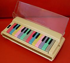 Sun Reed Portable Organ : retro designed music store organ69