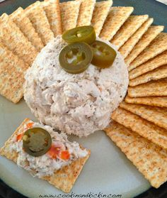 Restaurant Style Smoked Fish Dip Recipe. Just like in Florida and Florida Keys!  http://www.cookinandkickin.com/2014/02/restaurant-style-smoked-fish-dip.html
