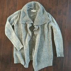 Slouchy, grey cardigan Love stich thick knit cardigan. Very cozy and perfect for Fall and winter Love Stitch Sweaters Cardigans
