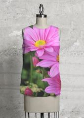 Sunset - Sleeveless Top by rabea mughal Pink Daisy, Spring Is Coming, Summer Flowers, Apparel Design, Beautiful Outfits, Beautiful Clothes, Dress Up, Black And White, My Style