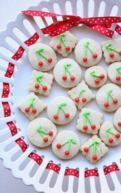 Platterful of cookies ##cherries