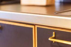 キッチンは減額のため、既存利用。扉などの面材だけを付け替えました。  #K様邸氷川台 #キッチン #オリジナルキッチン #既存利用  #真鍮 #タオルかけ #ハンガーバー #toolbox #キッチン収納  #EcoDeco #エコデコ #リノベーション #renovation Home, Ad Home, Homes, Haus, Houses