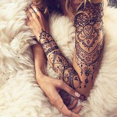 A henna tattoo or also know as temporary tattoos are a hot commodity right now. Somehow, people has considered the fact that henna designs are tattoos. Lace Tattoo Design, Mandala Tattoo Design, Disney Mandala Tattoo, Mandala Elephant Tattoo, Piercing Tattoo, Piercings, Lace Sleeve Tattoos, Henna Tattoo Sleeve, Feminine Sleeve Tattoos