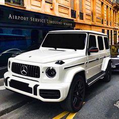 mercedes bens g//wagon Mercedes G Wagon, Mercedes Benz G Class, Mercedes Benz Cars, Fancy Cars, Cool Cars, My Dream Car, Dream Cars, G Wagon Amg, Rich Cars