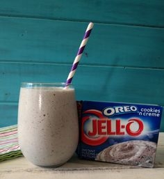 1 c non-fat milk ½ c plain greek yogurt or vanilla greek yogurt (I used Chobani) 6 tsp. JELLO OREO Cookies and Cream Instant Pudding ½ tsp. vanilla extract (omit if using vanilla greek yogurt) ½ tsp stevia, to taste 1 cup ice In a blender at all the ingredients and process until smooth. Calories per 1½ cups