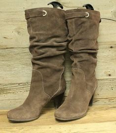 a897a64e4a9 CONNIE CHLOE WOMENS BROWN LEATHER STACKED HEEL SLOUCH FASHION BOOTS SZ 7.5M   fashion