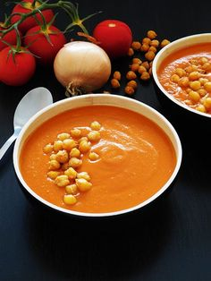 Cream of Tomato and Chickpea Soup Cooking Chef, Batch Cooking, Healthy Dinner Recipes, Vegetarian Recipes, Soup Recipes, Cream Of Tomato, Chickpea Soup, Cuisine Diverse, Veggies