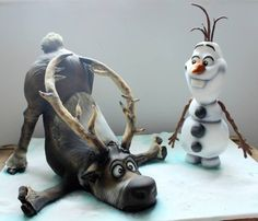 That's a cake?!? Wow! ... Sven & Olaf cake Now That's One Cool Frozen Cake For A Good Cause http://www.thatsnerdalicious.com/nerd-cakes/now-thats-one-cool-frozen-cake-for-a-good-cause/#!pEPJK