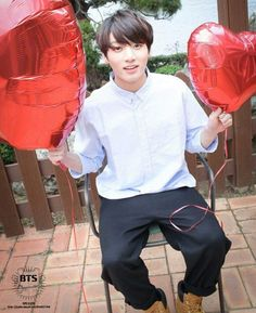 Find images and videos about kpop, bts and jungkook on We Heart It - the app to get lost in what you love. Jung Kook, Bts Kookie, Bts Bangtan Boy, Taekook, Rapper, Jin Kim, Romance, Kpop, Jeon Jeongguk