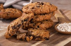 Sušienky cookies s ovsenými vločkami a hrozienkami Real Food Recipes, Cookie Recipes, Dessert Recipes, Healthy Recipes, Desserts, Healthy Food, Comidas Fitness, Patisserie Sans Gluten, Fiber Foods