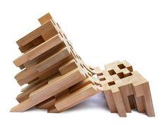 Butake est une chaise réalisée par le designer mexicain Raúl Téllez Herrera. Il applique une approche pixelisée pour cette création.  Une interprétation moderne d'une chaise traditionnelle mexicaine la « butaque », exécutée dans du bois dur sud américain le Banak. Le tout est maintenu par un cadre métallique caché dans le bois pour solidifier la structure.