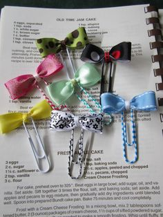 BOW PAPER CLIP BOOKMARKS  ** Used for K1 basket - the kids liked making them and they turned out really cute!